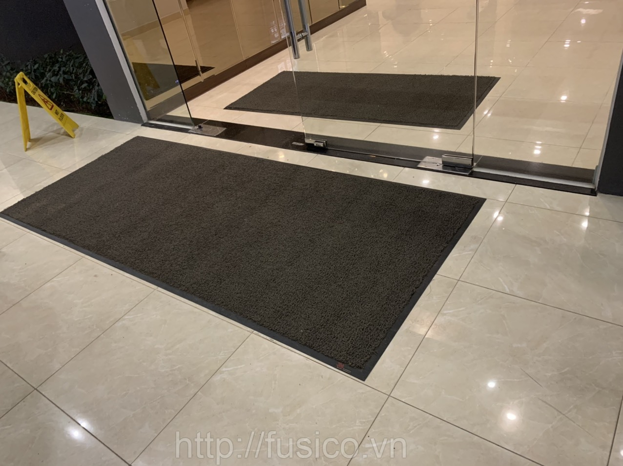 Nên chọn kích thước thảm chùi chân 3M 6850 như thế nào