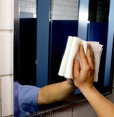 Công dụng hóa chất lau kính 3M GLASS CLEANER AND PROTECTOR 17L