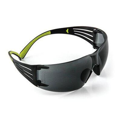 Kính bảo hộ 3M SF402AF chống bụi, chống tia UV 99%, chống đọng sương, chống trầy xước (màu đen)